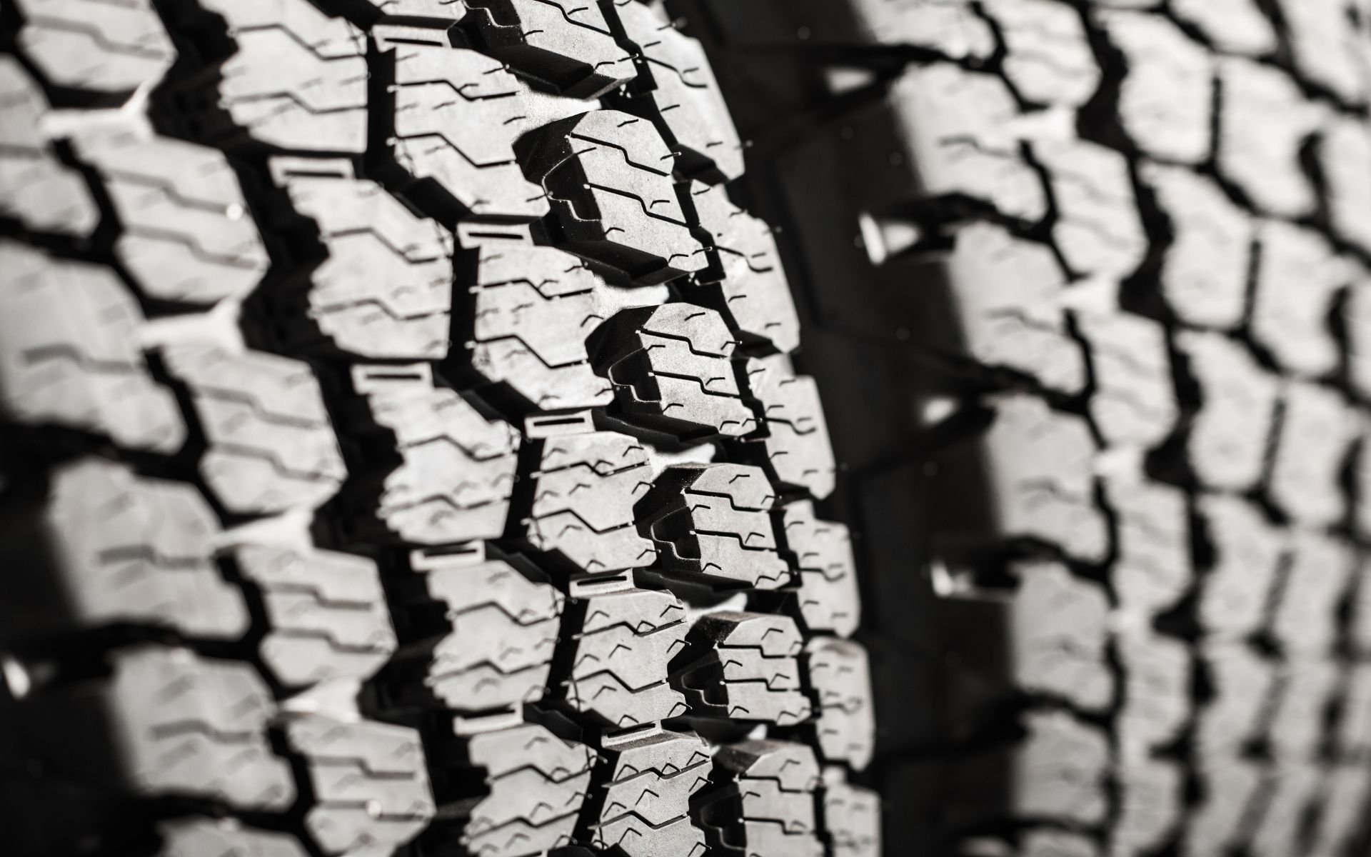 tire-tread-overlanding